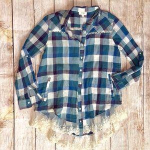 Umgee Plaid Tunic w/ Lace Hem